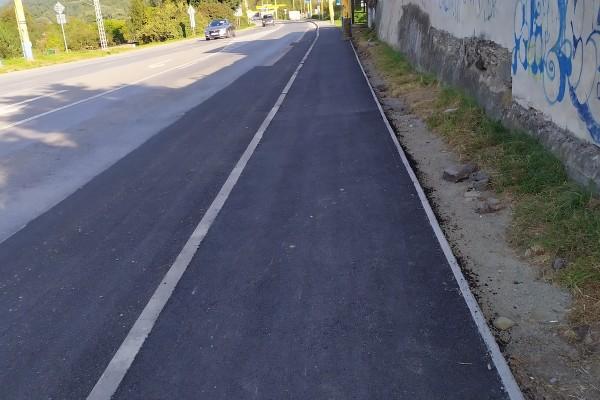 Križovatka Sabinovská, Bajkalská, Jánošíkova, oprava asfaltového chodníka